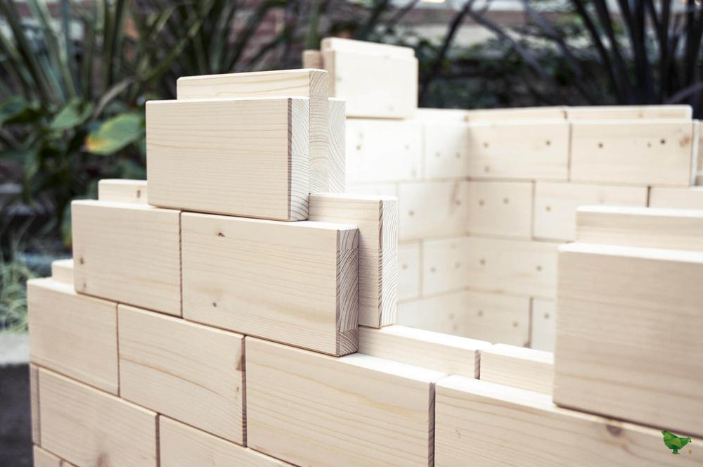 Brique de bois connectés