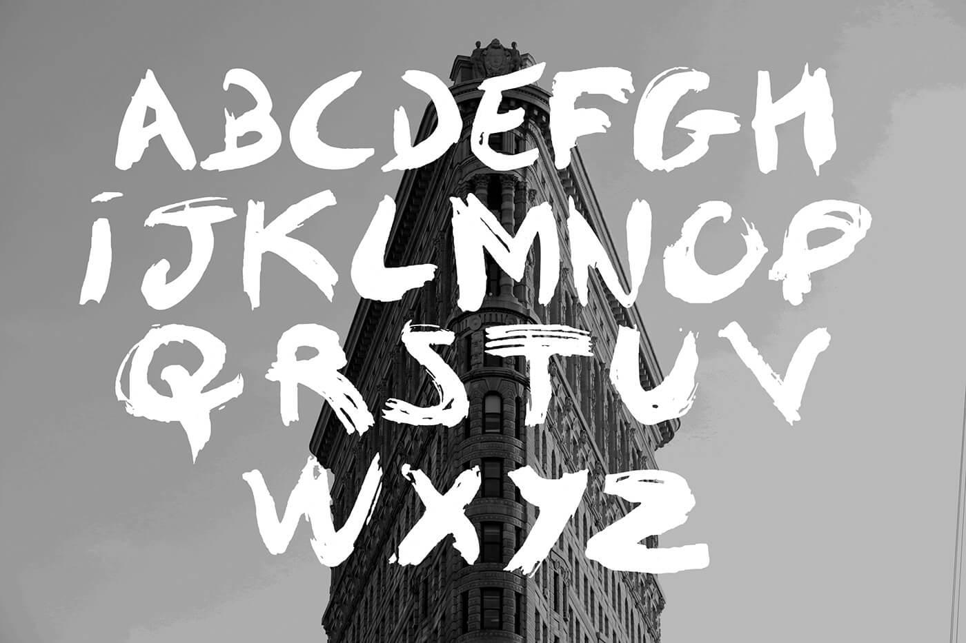 Typographie effet brush